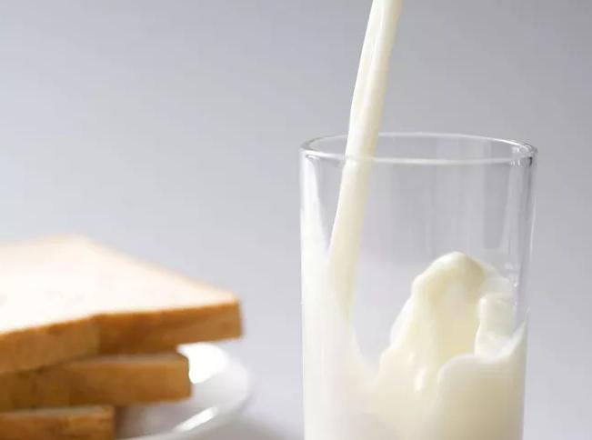 世界牛奶日(每年6月1日)