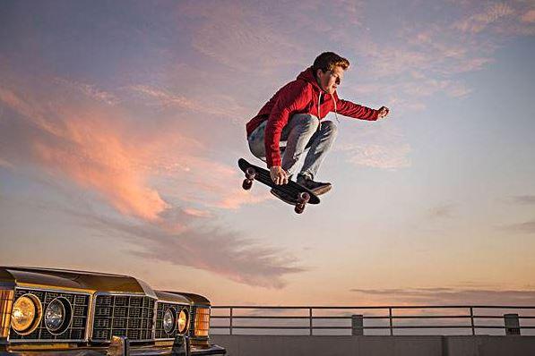 世界滑板日(每年6月21日)