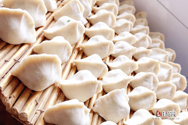 初一吃饺子,初五吃饺子,为什么十二还要吃饺子?